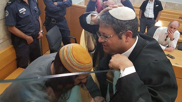 Yinon Reuveni with his attorney Itamar Ben-Gvir