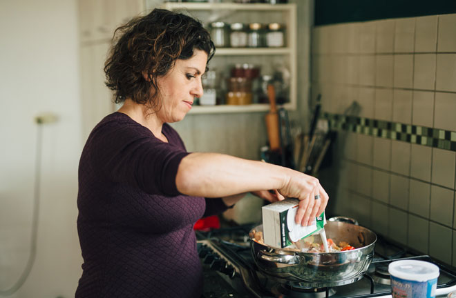 """ונציה-מישר במטבח. """"אנשים הם לא שטאנץ"""" (צילום: שניר סופגי גואטה)"""