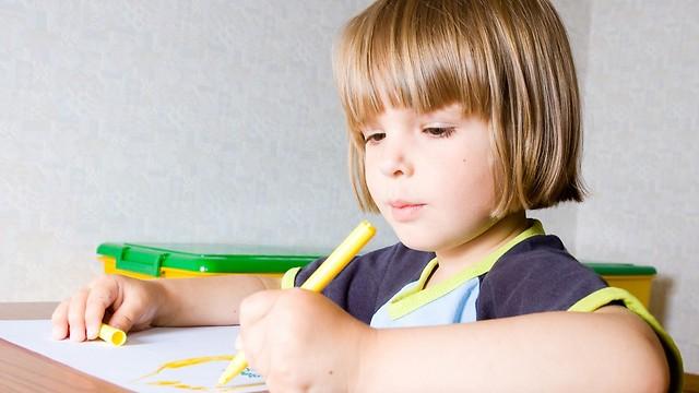 להורים יש רצון לגונן על הילד (צילום: shutterstock) (צילום: shutterstock)