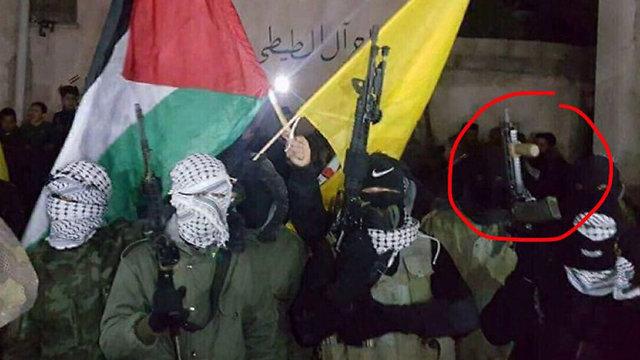 כלי הנשק בהפגנה ביום חמישי באל פוואר