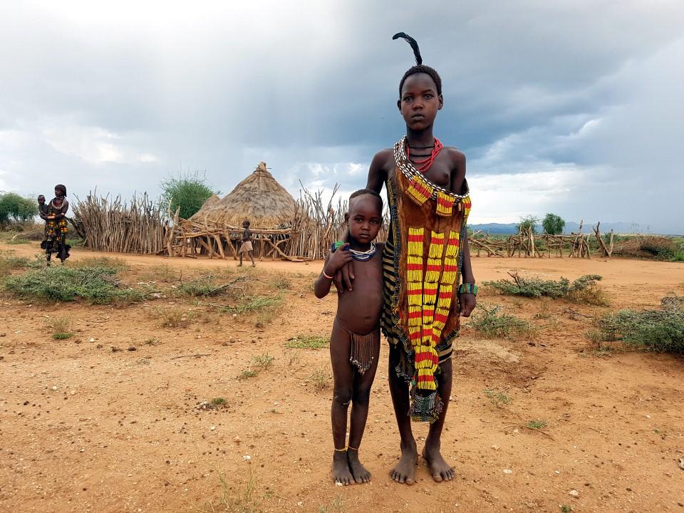 בני שבט ההאמר (צילום: יריב ואיילת כץ) (צילום: יריב ואיילת כץ)