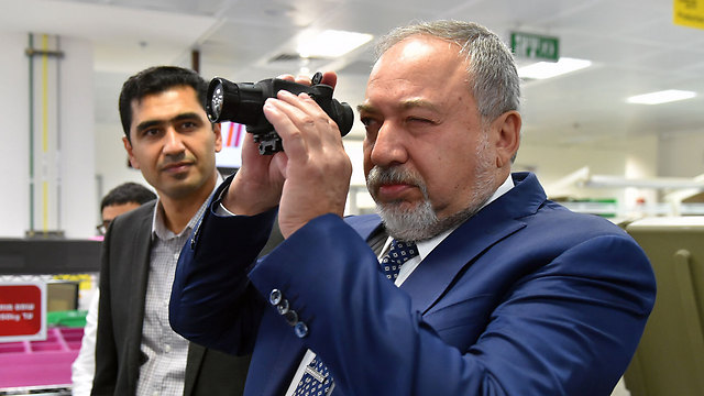 Defense Minister Avigdor Lieberman (Photo: Ariel Harmoni)
