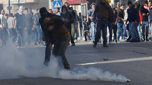 Clashes in Nablus (Photo: Reuters)