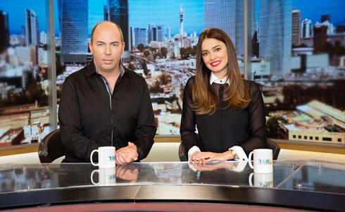 """עם אור הלר בתוכנית """"בוקר טוב"""" בערוץ עשר. """"שלחתי לו קורות חיים"""" (צילום: ענבל מרמרי)"""