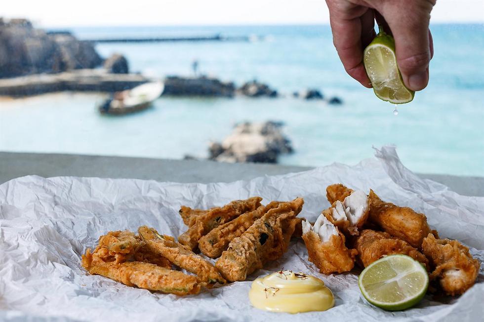 כל מה שצריך זה לבחור את הדג המתאים לטיגון (צילום: דני גולן) (צילום: דני גולן)