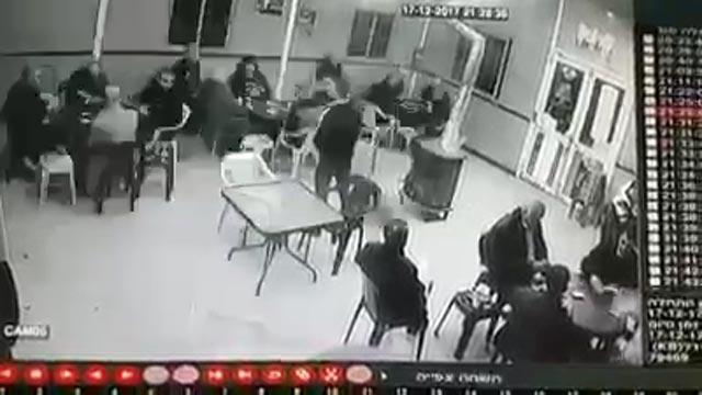 גבר נורה למוות