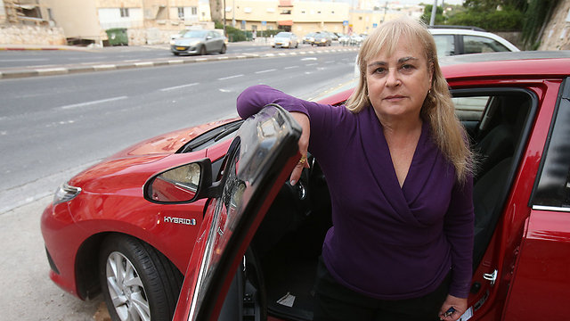 תבעה את משרד ראש הממשלה. אמו של סטטיק (צילום: אלעד גרשגורן) (צילום: אלעד גרשגורן)