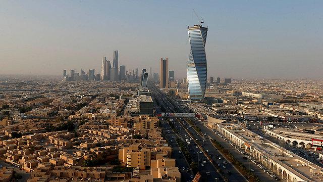 בין הפרטה להלאמה. בירת סעודיה ריאד (צילום: רויטרס) (צילום: רויטרס)