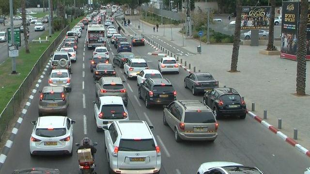 שוק רכב בהאטה (צילום: ליהי קרופניק) (צילום: ליהי קרופניק)