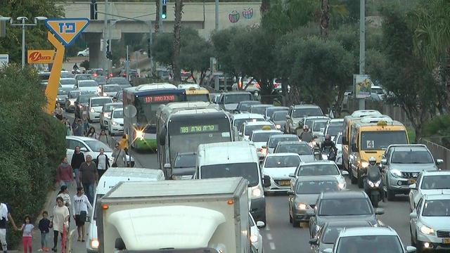 פחות פקקים, פחות זיהום אוויר (צילום: ליהי קרופניק) (צילום: ליהי קרופניק)