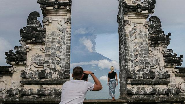 Tourists in Indonesia (Photo: EPA)
