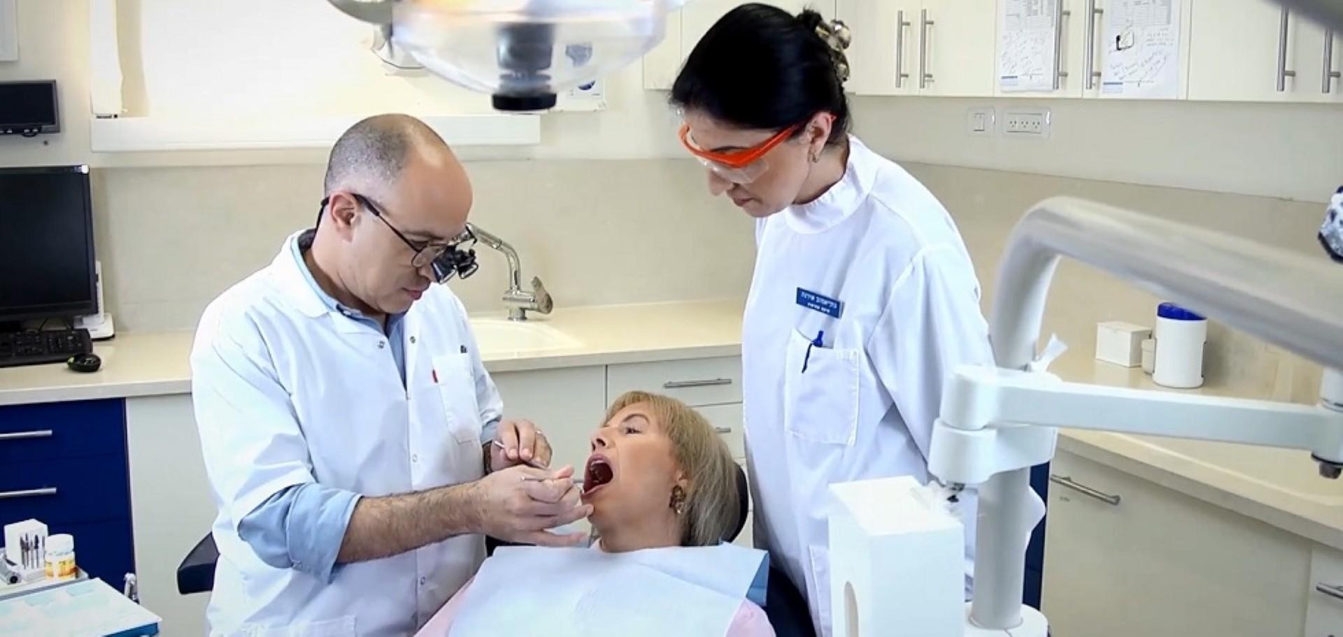 """ד""""ר מאיר אבירם - טיפול השתלת שיניים ()"""
