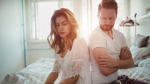 הזוגיות הבריאה ביותר היא זוגיות בעלת עצמאות הדדית, ולא סימביוטית או מנותקת (צילום: Shutterstock) (צילום: Shutterstock)