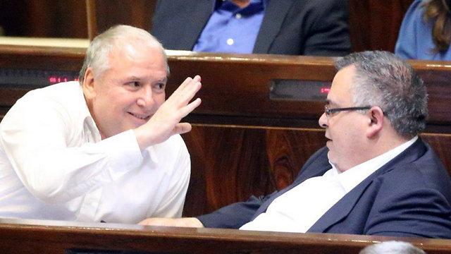 Amsalem (L) and Bitan (Photo: Motti Kimchi)