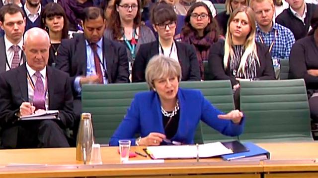"""""""חשוב שניקח בחשבון את הצרכים המיוחדים של אנשים בעלי אמונה מסוימת"""". ראש הממשלה תרזה מיי (צילום: AFP) (צילום: AFP)"""