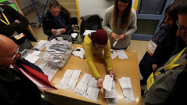 הבחירות בקטלוניה בחודש שעבר. המפלגות הבדלניות שימרו את כוחן (צילום: רויטרס) (צילום: רויטרס)