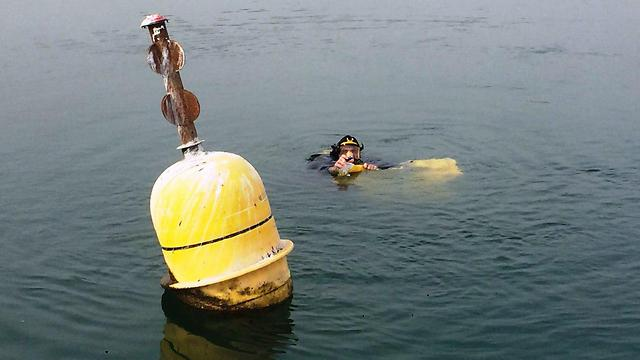 A buoy in the Kinneret (Photo: Assaf Greenwald, the Agidor company)