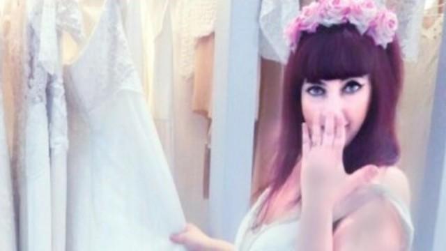 ענבל ושמלת הכלה (צילום: מאיה בניטה מרקס, עיצוב שמלה: יעקב דוק) (צילום: מאיה בניטה מרקס, עיצוב שמלה: יעקב דוק)
