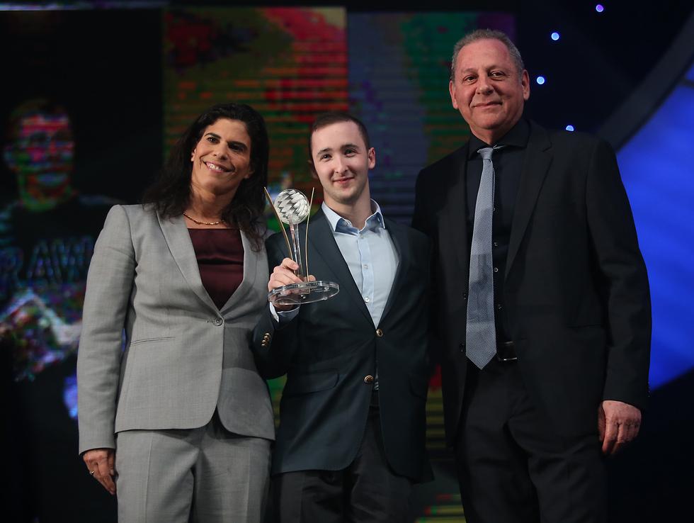 Артем Долгопят получил приз лучшего спортсмена года. Фото: Орен Ахарони