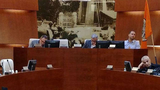 Rishon LeZion's city council attempted to get new bylaws on the book before the law passed (Photo: Rishon LeZion municipality)