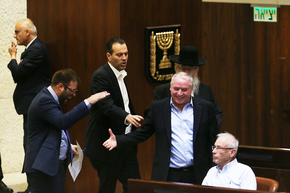 Recommendations law passes in Knesset (Photo: Amit Shabi)