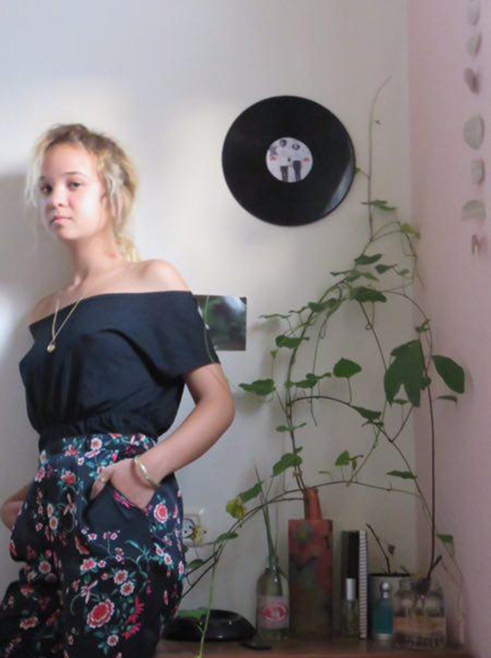 """מאיה ברנד פייגנבאום: """"ההתגייסות לצה""""ל נוגדת את הערכים שבהם אני מאמינה"""" ()"""