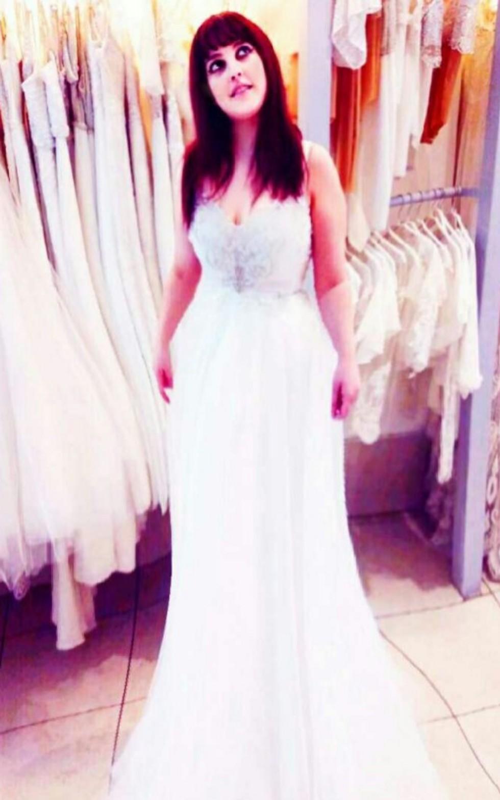 פייר? שמלה מושלמת (צילום: מאיה בניטה מרקס, עיצוב שמלת כלה: יעקב דוק)