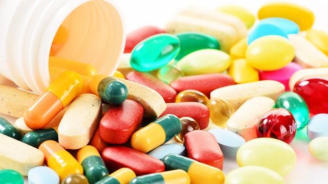 מחירן של התרופות הולך ומאמיר (צילום: shutterstock) (צילום: shutterstock)