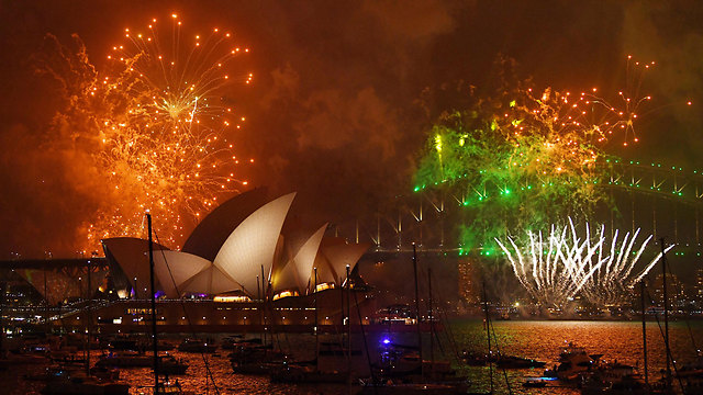 Early fireworks in Sydney (Photo: EPA)