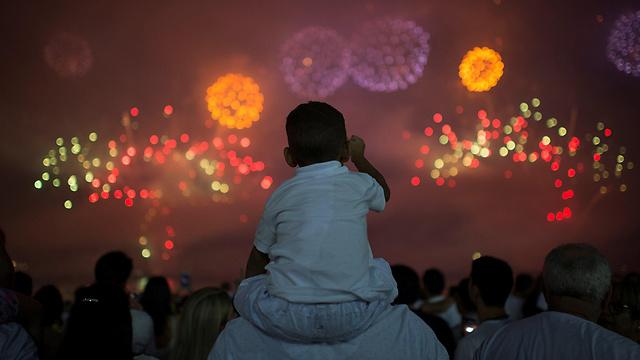 Fireworks over Rio de Janeiro (Photo: Reuters)