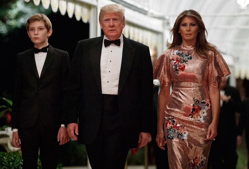 מלניה טראמפ. נוצצת כמו כדור מראות (צילום: AP)