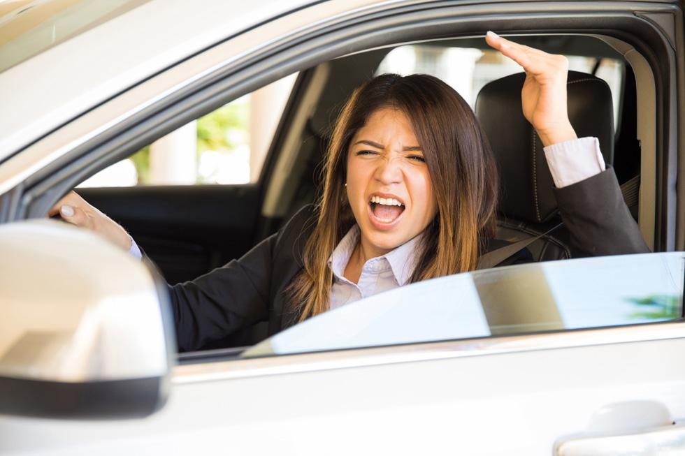 אישה ממוצעת משתמשת במילה FUCK על הטיותיה השונות  546 פעמים על כל מיליון מילים שהיא הוגה (וזה יותר מגבר) (צילום: Shutterstock)