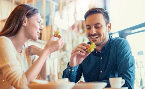 כלי משובח לפענוח אנשים אחרים ולהבנה שהם דומים לנו (צילום: Shutterstock)