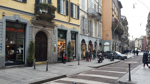 רחוב קורסו גריבלדי (צילום: מיכל מנדל) (צילום: מיכל מנדל)