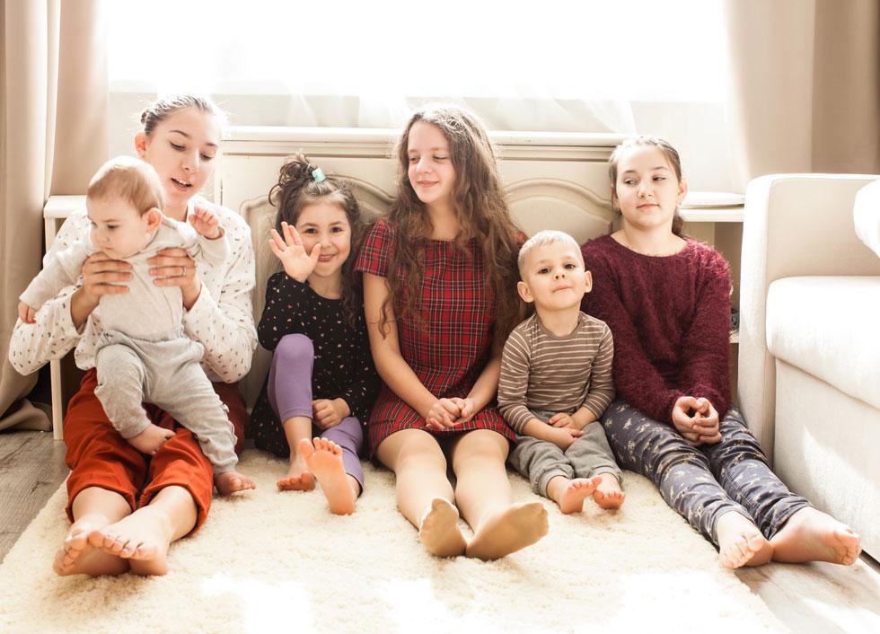 צרו הזדמנויות לחיזוק הקשרים בין הילדים (צילום: Shutterstock)