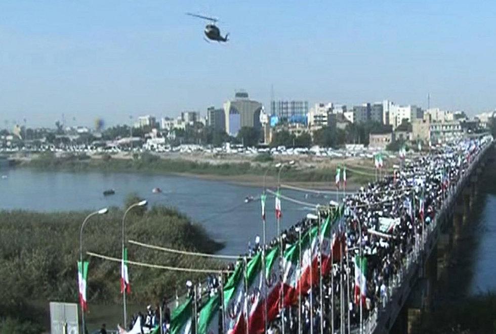 הפגנת תמיכה במשטר האיראני, היום (צילום: AFP)