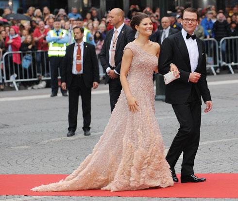 הנסיכה ויקטוריה, יורשת העצר של שוודיה, ודניאל וסטלינג (צילום: Gettyimages)