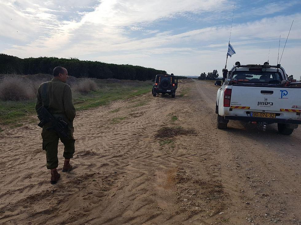 Rocket landing site in Eshkol (Photo: Barel Efraim)