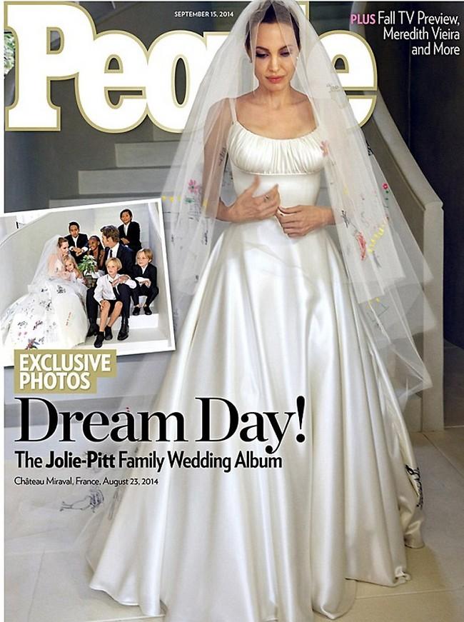 תכלס, שווה חמישה מיליון דולר. אנג'לינה ג'ולי ביום חתונתה (שער מגזין People)