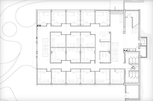 תוכנית הקומה התחתונה, שבה חדרי טיפול (תוכנית: משרד גוטסמן שמלצמן אדריכלות)