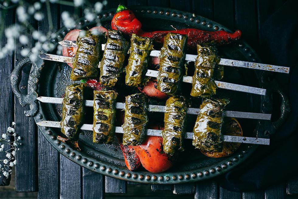 """אוכל ע'ותמני ב""""אונזה"""" (צילום: אמיר מנחם) (צילום: אמיר מנחם)"""