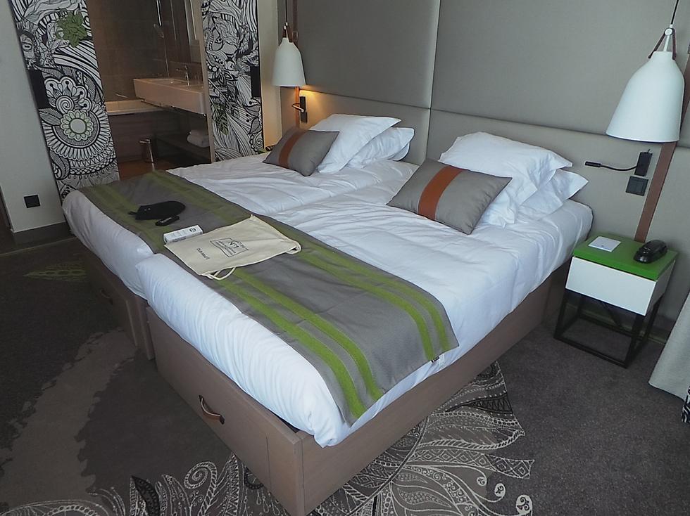 חדר השינה במלון (צילום: אביבית צנטי) (צילום: אביבית צנטי)