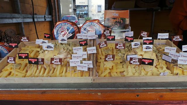 אי אפשר להיות בצרפת בלי לדבר על גבינות (צילום: אביבית צנטי) (צילום: אביבית צנטי)
