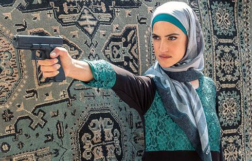"""ב""""פאודה"""". """"אף אחד לא חשב שיקנו את הסדרה איך שהיא. כשזה קרה – תהינו בינינו לבין עצמנו, איזה קהל יש לסדרה בערבית ועברית?"""" (צילום: רונן אקרמן)"""