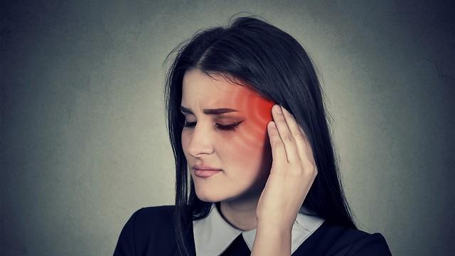 יכולה להיות קשורה לנזקים באוזן הפנימית. סחרחורת (צילום: shutterstock) (צילום: shutterstock)