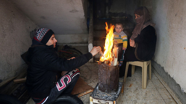 Gaza residents may receive up to 8 hours of electricity a day starting Monday (Photo: Reuters)