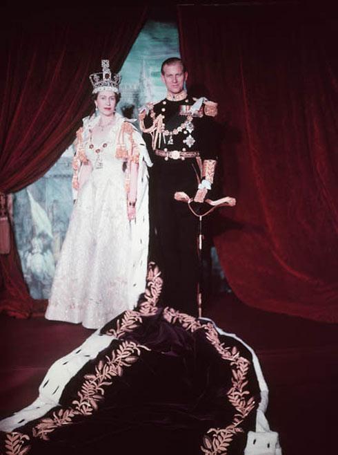 טקס ההכתרה של המלכה אליזבת השנייה, 1953 (צילום: Cecil Beaton, Library and Archives Canada/K-0000047)