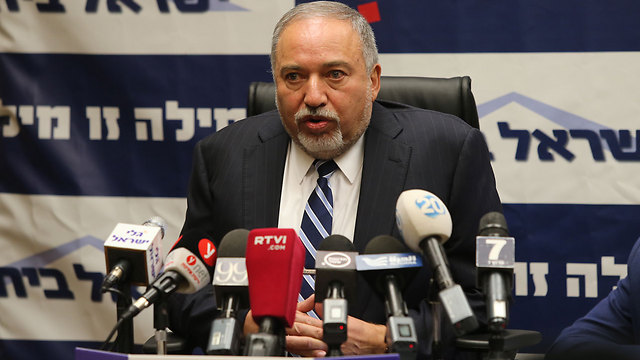 Defense Minister Lieberman (Photo: Amit Shabi)