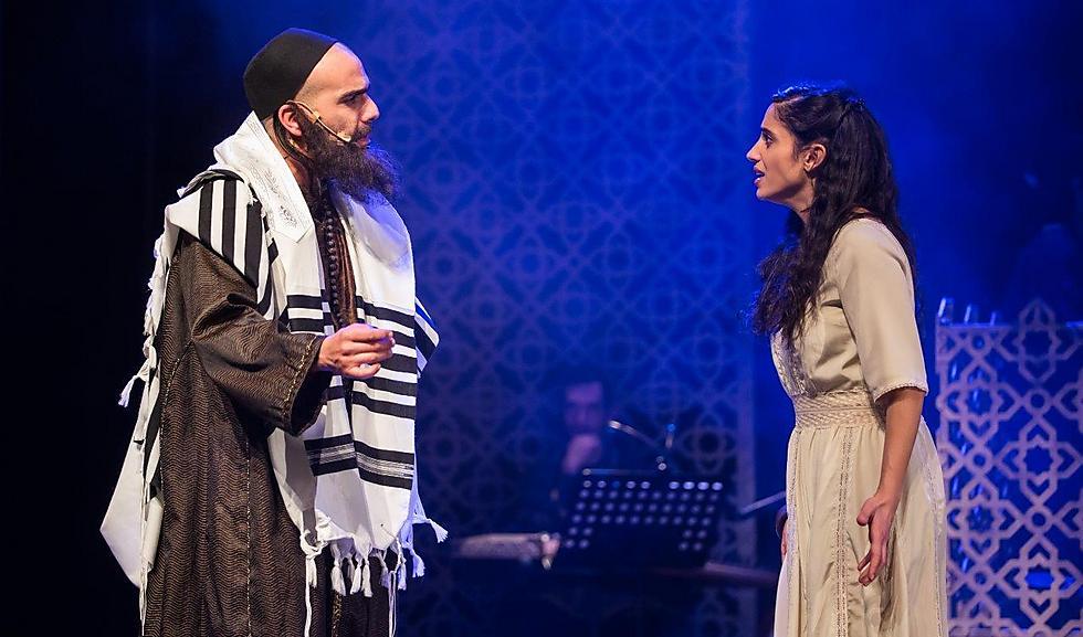 """""""הרבנים ניסו לשכנע אותה להתאסלם לפחות למראית עין, כי לפי התפיסה היהודית איסלאם אינו עבודה זרה"""" (צילום: מעיין קאופמן )"""
