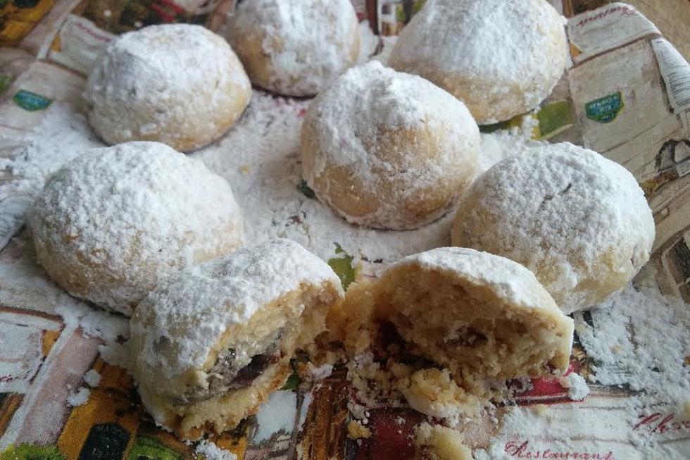 עוגיות פקאן מושלגות עם מלית נוטלה (צילום: חיה אילונה דר)